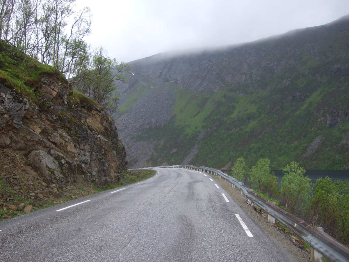 The biggest hill between Kaldfjord and Tromvik